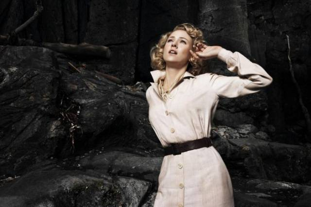 "Gorgeous Naomi Watts Is Simply A Stunner In Her Photoshoot From ""King Kong"""