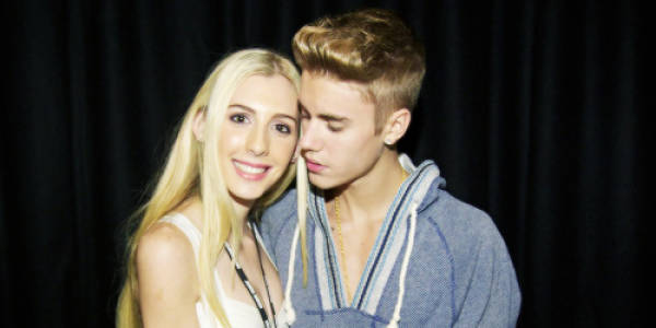 Hilarious But Awkward Photos Of Celebrities With Their Fans