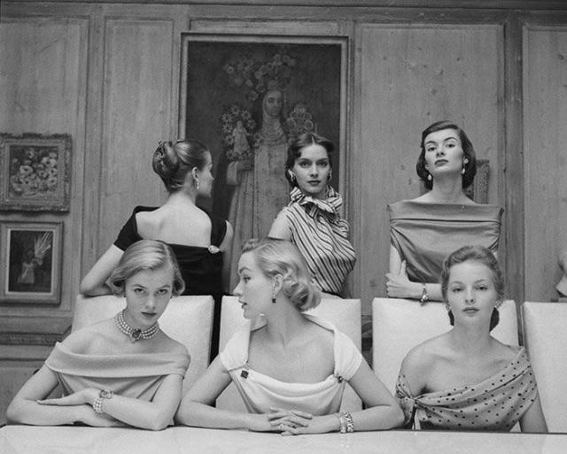 Beauty And Fashion Of Women From The '40s-'50s