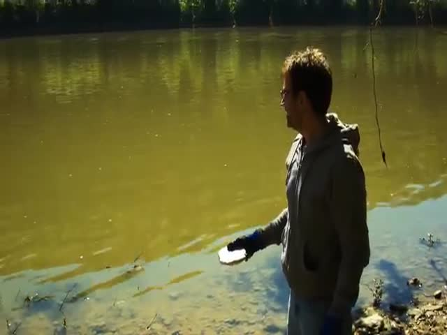 What Would Happen If You Threw A Big Piece Of Sodium Metal In The River