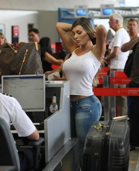 Times Når Lufthavn Security Workers gjorde det meget-8816