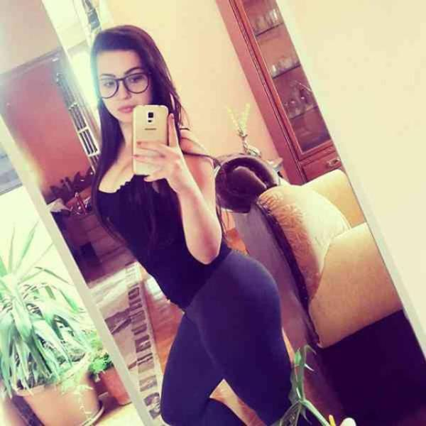 yoga pants are a real turn-on (51 pics) - izismile