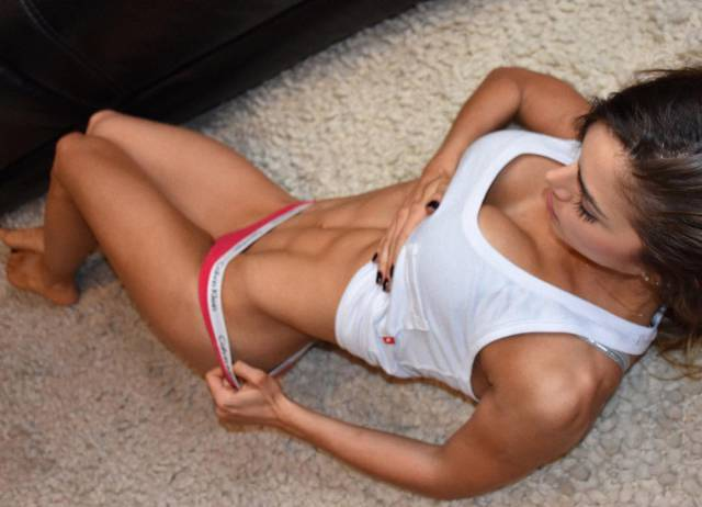 You'd Love This Beautiful Fitness Gal To Be Your Girlfriend