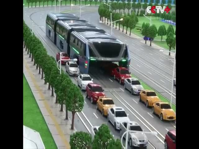 China Presented A Model Of Its Transit Elevated Bus That Rides Above Traffic