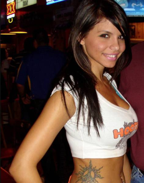 Delicious Hooters Babes