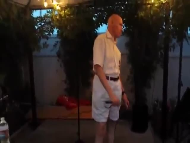80 Year-Old Grandpa Sings