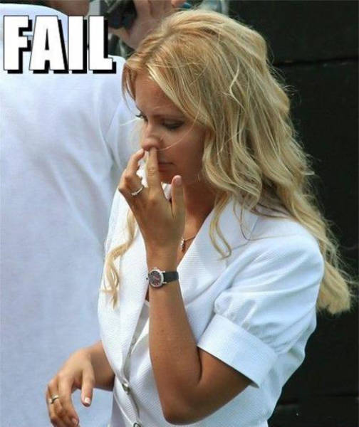 Blondes Have Special Skills When It Comes To Failing