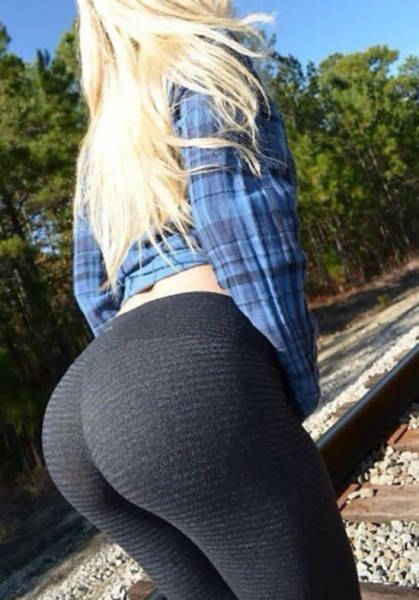 These Girls Rock Great Butts