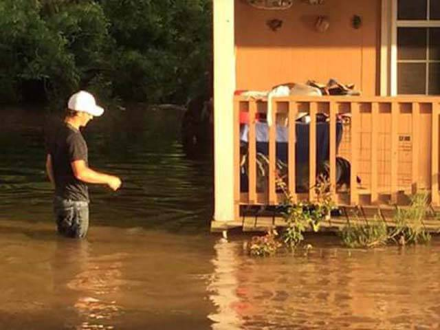 Father And Son Teamed Up To Rescue Abandoned Animals From Flood Waters In Texas