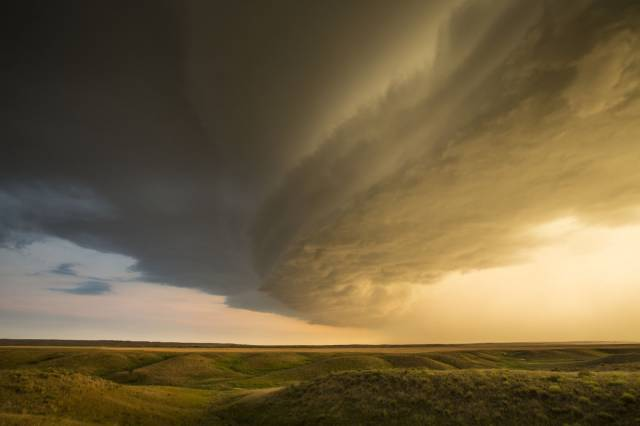 Incredible Weather Photos Captured By A Storm Chaser Kelly DeLay