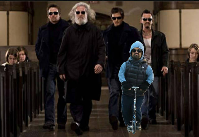 Photoshopped Pictures Of Peter Dinklage Riding A Scooter Are Too Epic And Hilarious