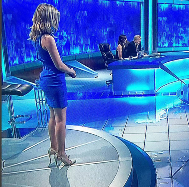 Hot Mathematician Rachel Riley Is Candy For The Eyes