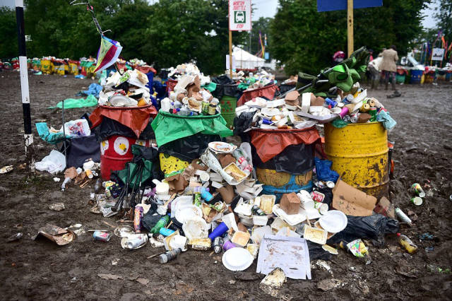 Tons Of Trash Left At The Glastonbury Festival Site By Revelers