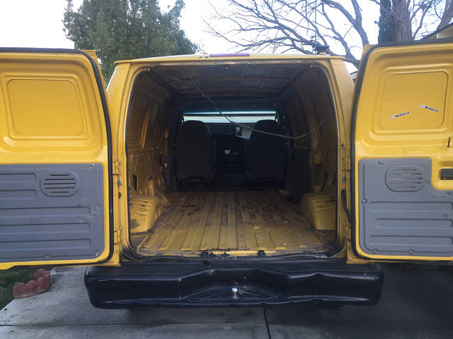 "Guy Turned An Old Van Into ""Adventuremobile"""