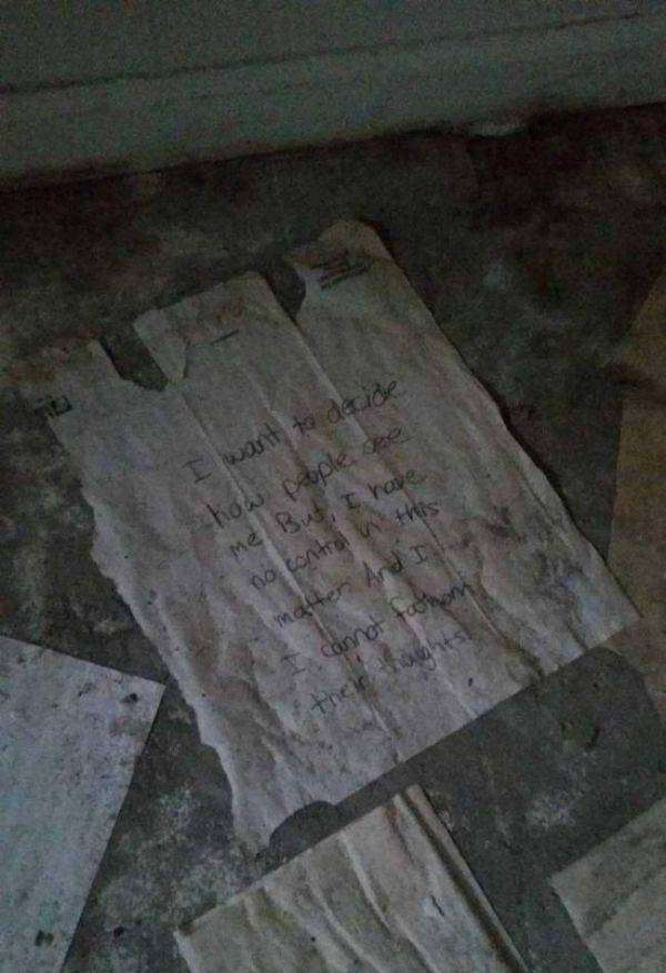 Some Dark And Disturbing Things Might Have Happened In This Abandoned Duplex