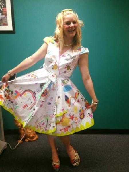Teacher Wears Quite An Unusual Dress To The Last Day Of School