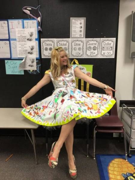 Teacher Wears Quite An Unusual Dress To The Last Day Of School