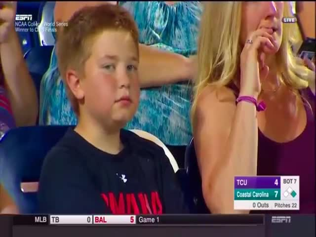 A Kid Caught On Camera While Goofing Around At A Baseball Game