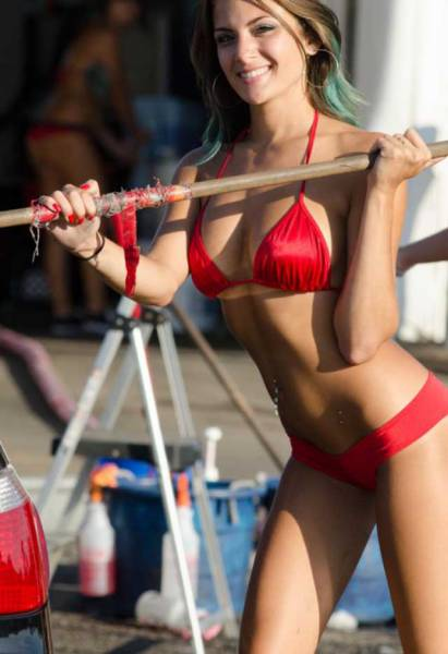 "Hot Girls of ""Baywash Bikini Carwash"""