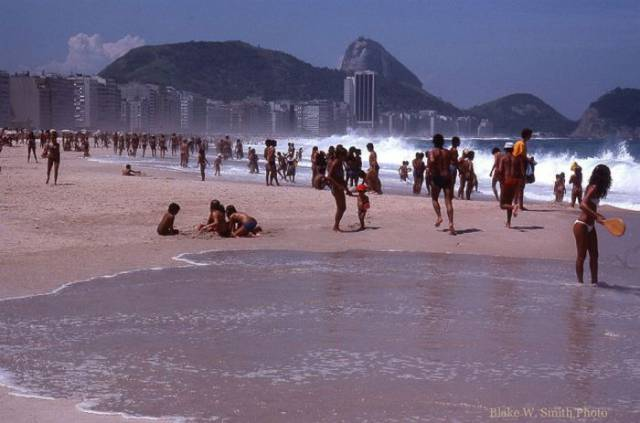 Old Photos Of Brazilian Beaches Back In 1970