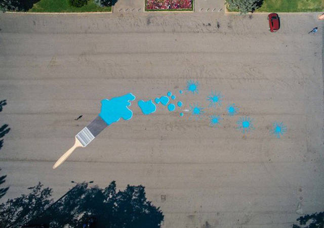 Artist From Montreal Makes Impressive Street Paintings When No One Sees