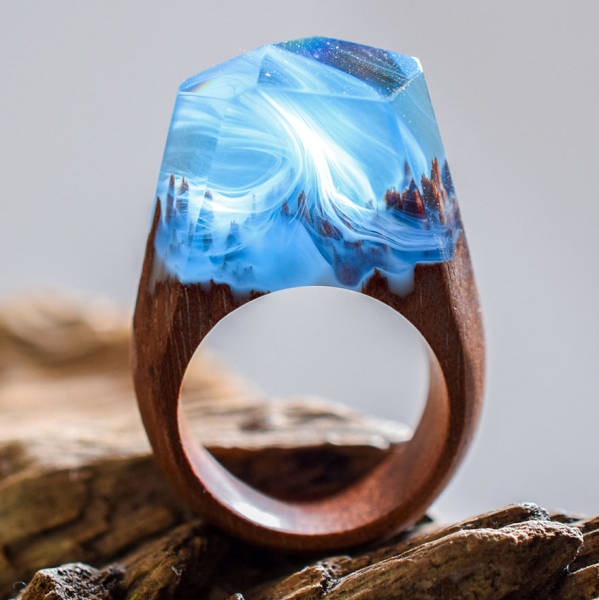 These Rings, With Beautiful Landscapes Trapped Inside, Are Absolutely Stunning