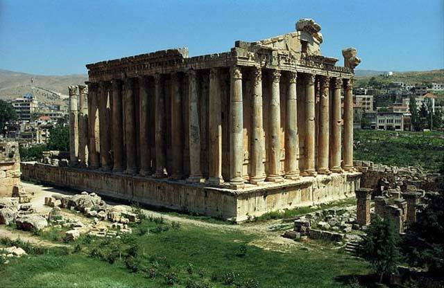The Most Famous And Breathtaking Ancient Ruins Around The World