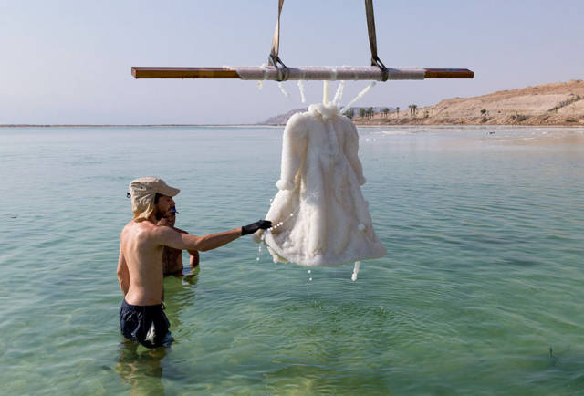Artist Puts A Dress In The Dead Sea For 2 Years. The Result Is Mesmerizing