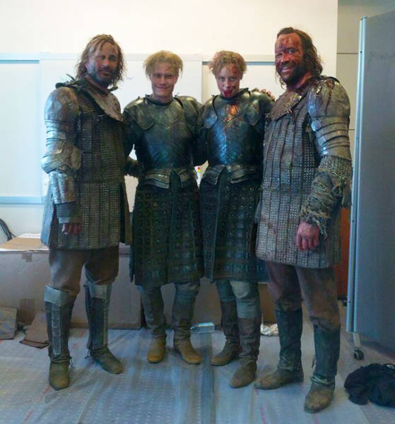 Actors With Their Stunt Doubles (92 Pics)