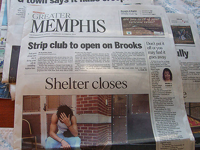 28 newspaper and magazine layout disasters buzzfeed - 605×454