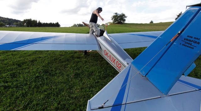 Guy Builds A Mini Plane Because It's Faster To Get To His Work