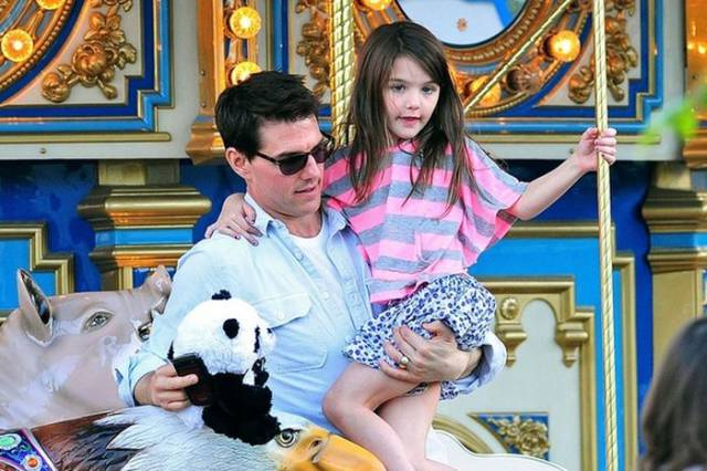 Popular Actors And Their Daughters