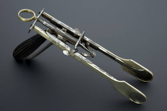 Creepy Medical Instruments From Back Then That Look More Like Torture Devices