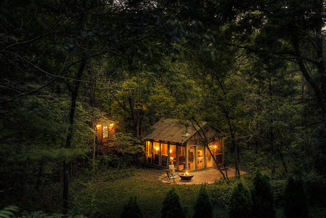Cute, Cozy And Secluded Cabins In The Woods That Are Perfect For Gateways