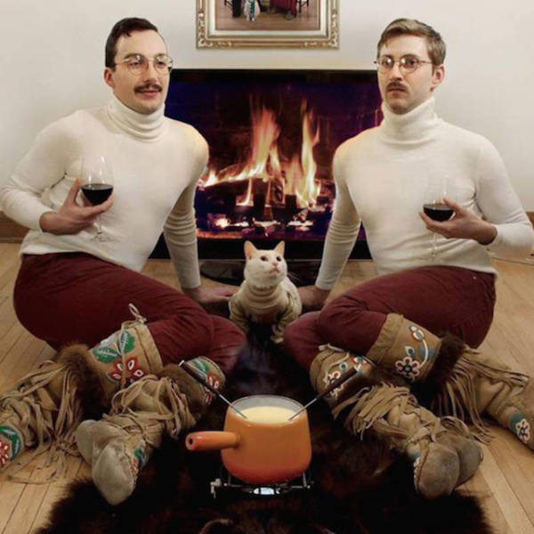 These Pics Will Prove You How Cringe-Worthy Low-Budget Glamour Shots Are