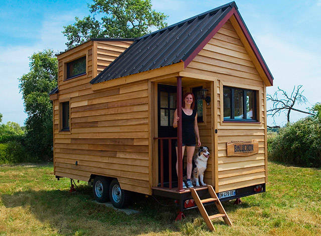 People Who Chose To Live In Tiny Houses