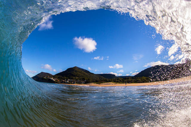 """Beautiful Photos Of Waves And """"The Many Moods Of The Ocean"""""""