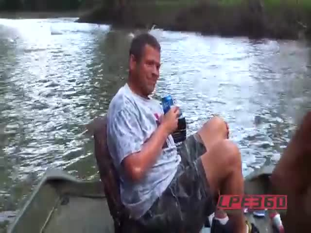 When Fish Attack It Is A Scary And Fascinating View At The Same Time