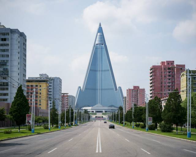 Fascinating Photos From Architecture Tour Of North Korea's Capital Pyongyang