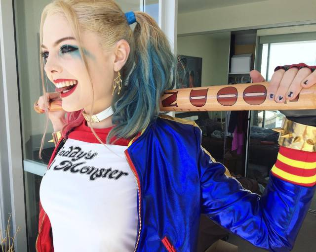 The Resemblance Between This Cosplayer And Margot Robbie's Epic Character Harley Quinn Is Unbelievable