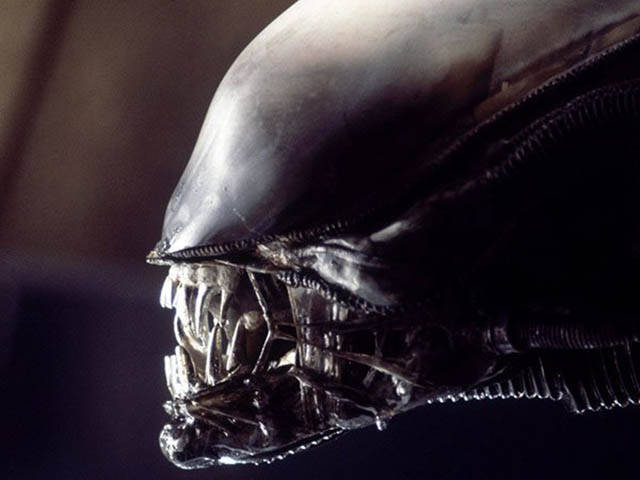 "Some Interesting And Weird Facts About 1986's ""Aliens"""