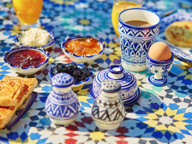 Here Is What People Have For Breakfast In Different Countries Around The Globe