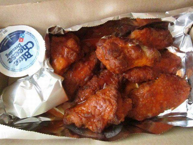 Girl Orders A Domino's Buffalo Wings But Gets Something Completely Different Instead