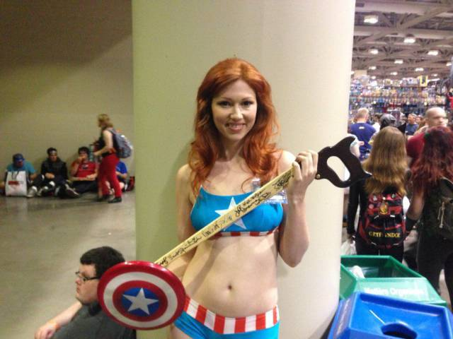 "This ""Nerd Cane"" Was Lucky Enough To Be Held By Some Of The Most Beautiful Cosplayers"