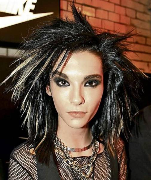"""Tokio Hotel"" Singer Has Completely Changed His Looks"