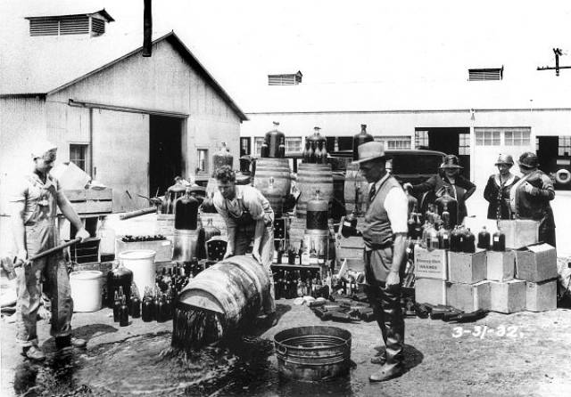 Interesting Facts About The infamous Prohibition Era