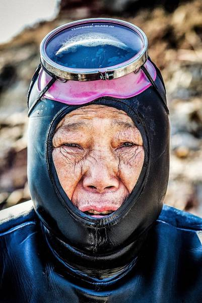 "The Last Of South Korea's Fearless ""Sea Women"""