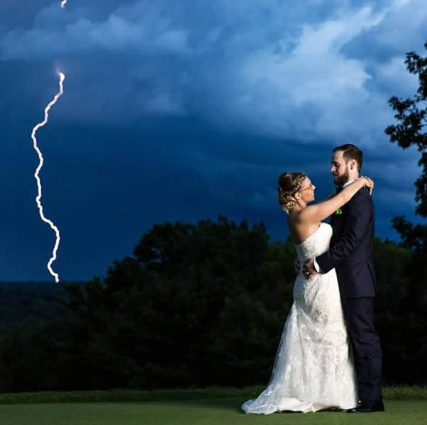 Crazy Photos Taken At The Perfect Moment And Weren't Planned At All