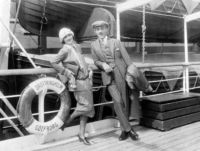 Historical Photos That Offer A Glimpse At All The Glamor That A Cruise Ship Traveling Was Back Then