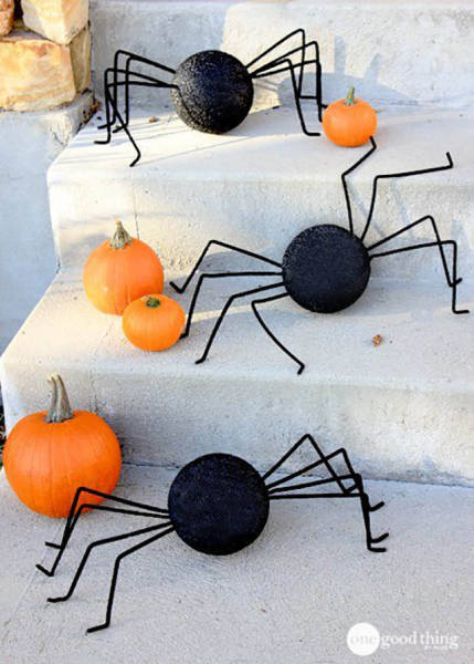 Neat Hacks To Make Your Halloween Party Awesome